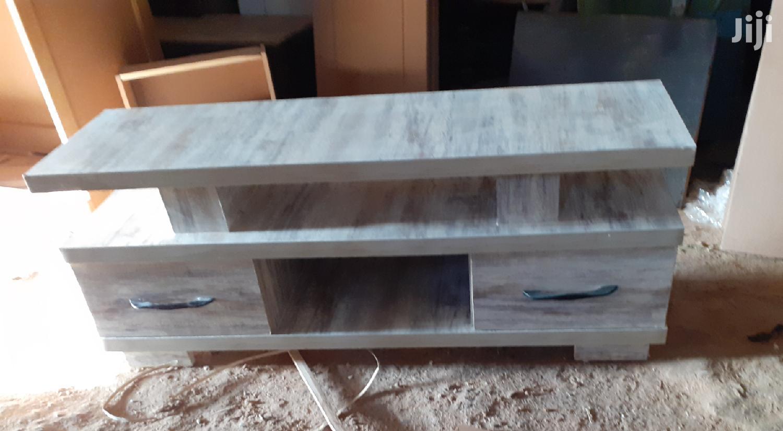New Design 1.20cm Tv Stand