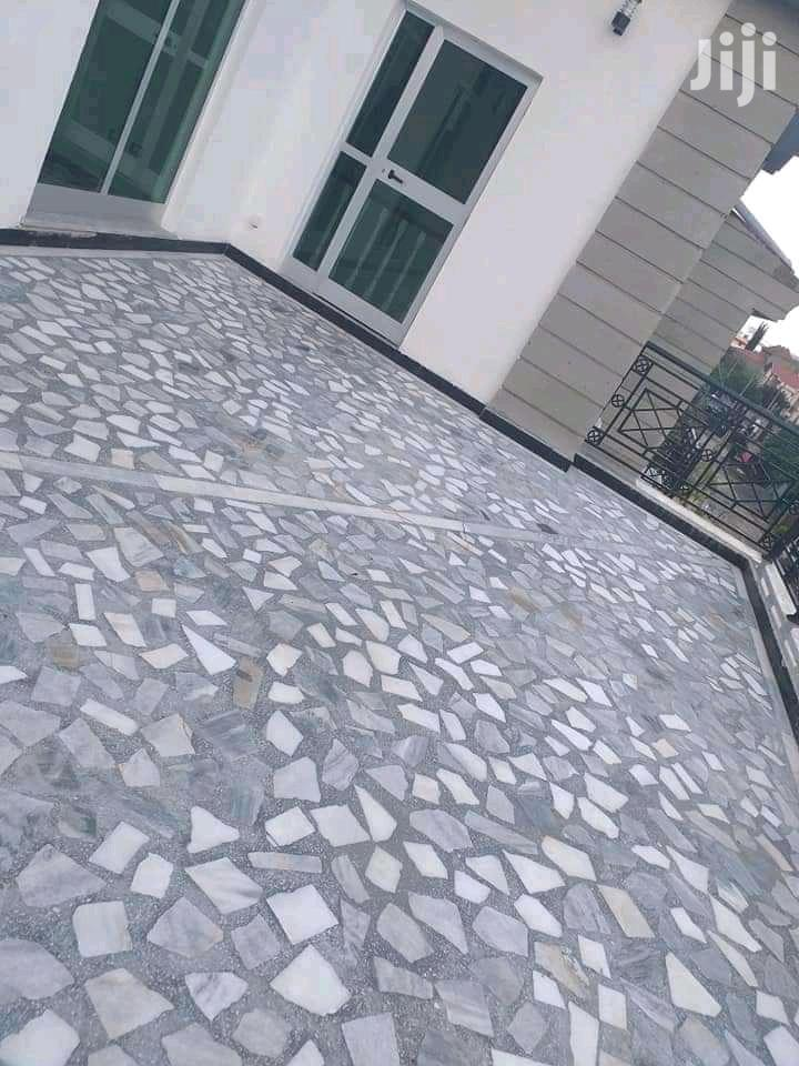 Furnished 6bdrm House in Bole for Sale