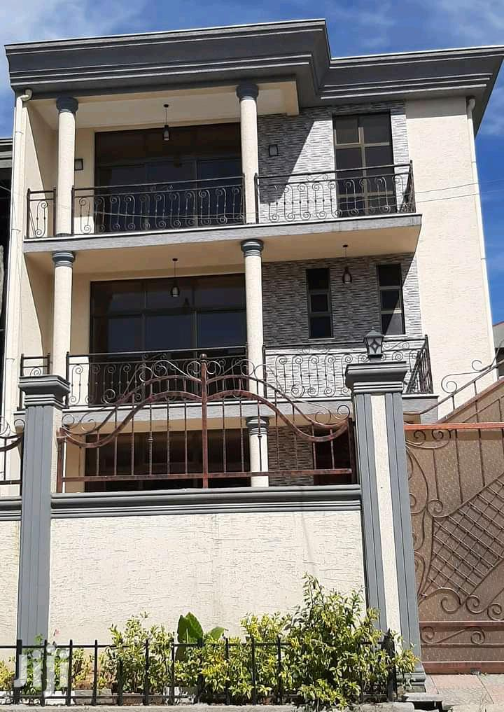 Furnished 6bdrm House in Bole for Rent