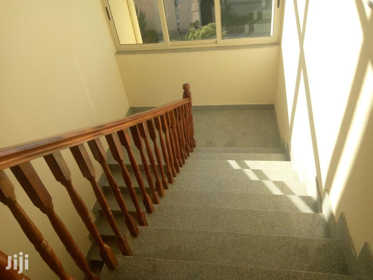 5bdrm House in ,አያት, Bole for Sale