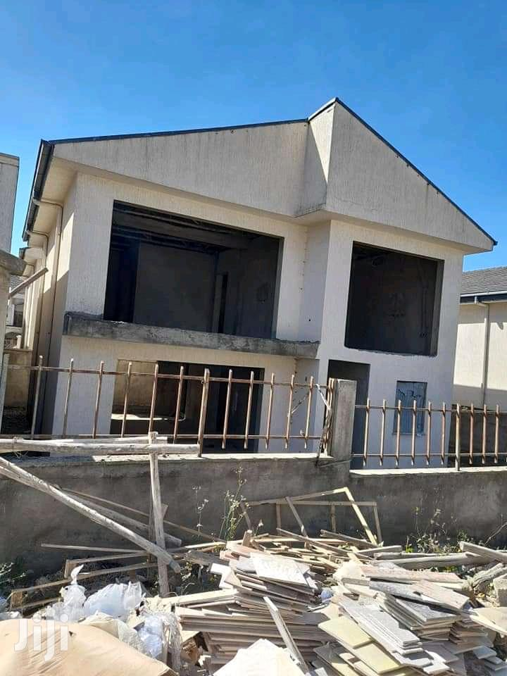 4bdrm House in Bole for Sale