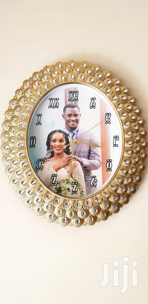 የገና ስጦታ --የግርግዳ እና የእጅ ሰዓት ላይ ፎቶ ለማሰራት ይደውሉልን | Watches for sale in Addis Ababa, Nifas Silk-Lafto