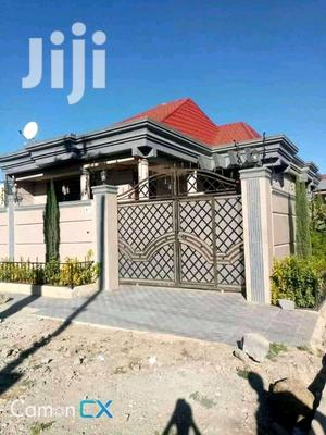 3bdrm Villa in ኤመራልድ, Yeka for Sale | Houses & Apartments For Sale for sale in Addis Ababa, Yeka