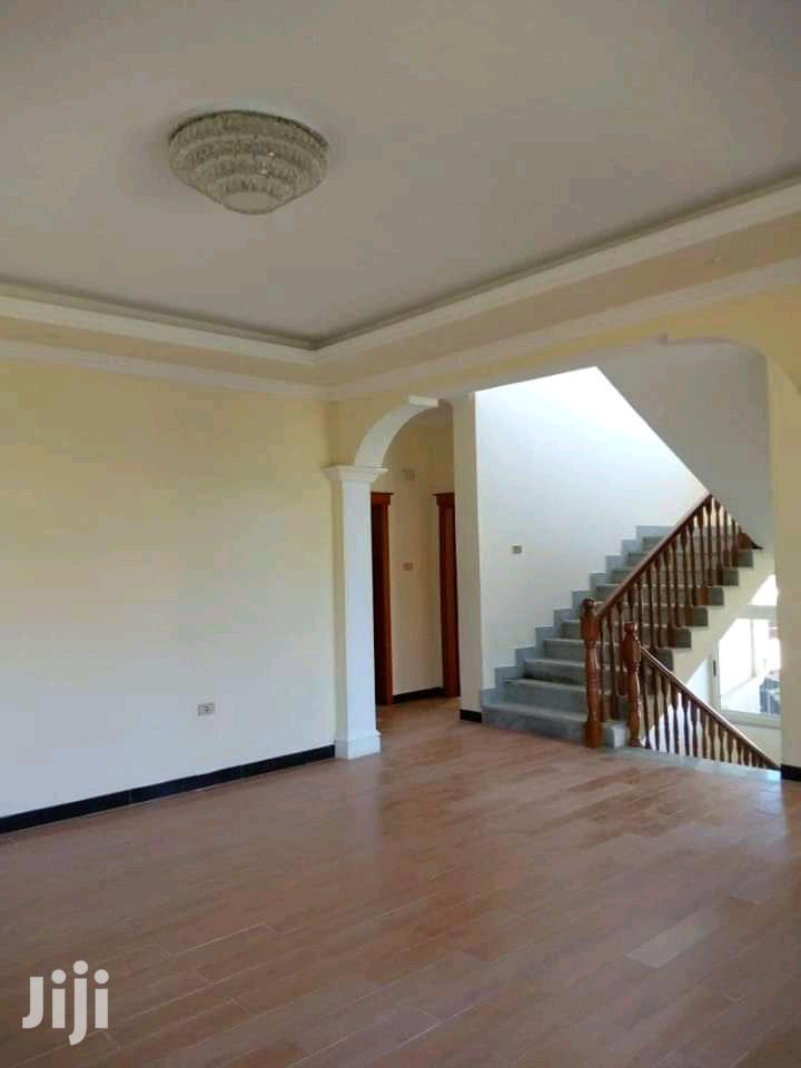 7bdrm House in ኤመራልድ, Bole for Sale | Houses & Apartments For Sale for sale in Bole, Addis Ababa, Ethiopia