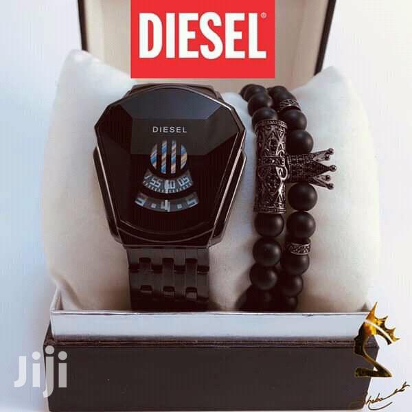DIESEL WATCH + Bracelets