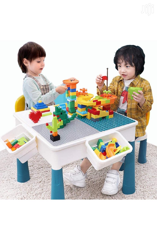 የህፃናት መማሪያ እና መጫወቻ Kids Learning Desk With Puzzle Blocks