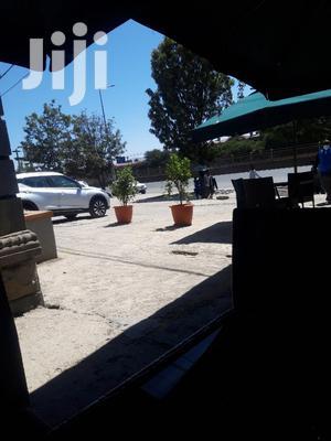 የሚሸጥ ቦታ አያት ዞን ስድስት መንገድ የያዘ | Land & Plots For Sale for sale in Addis Ababa, Bole