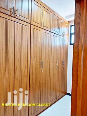 5bdrm Villa in የሚሸጥ ቪላ ሰሚት, Bole for Sale | Houses & Apartments For Sale for sale in Addis Ababa, Bole