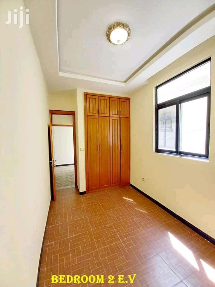 5bdrm Villa in የሚሸጥ ቪላ ሰሚት, Bole for Sale | Houses & Apartments For Sale for sale in Bole, Addis Ababa, Ethiopia