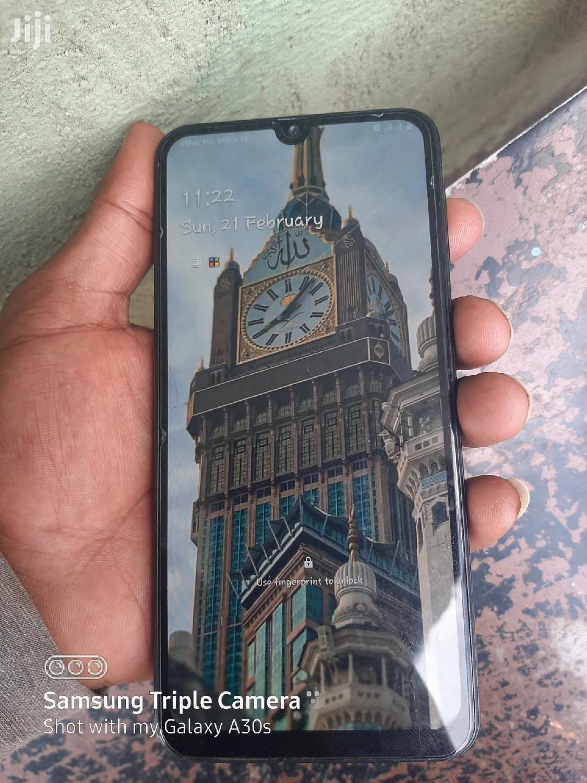 Archive: Samsung Galaxy M30 64 GB Black