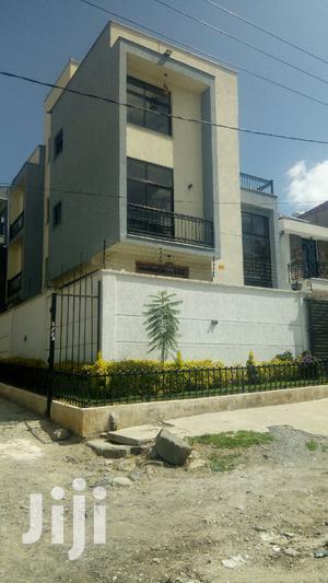 Yemeshet G+3taras Bazment Yalew Betam Mert Bet | Houses & Apartments For Sale for sale in Addis Ababa, Bole