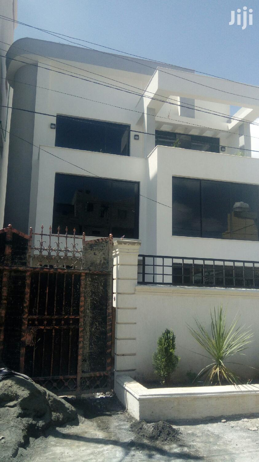 Furnished 6bdrm House in A.A, Bole for sale