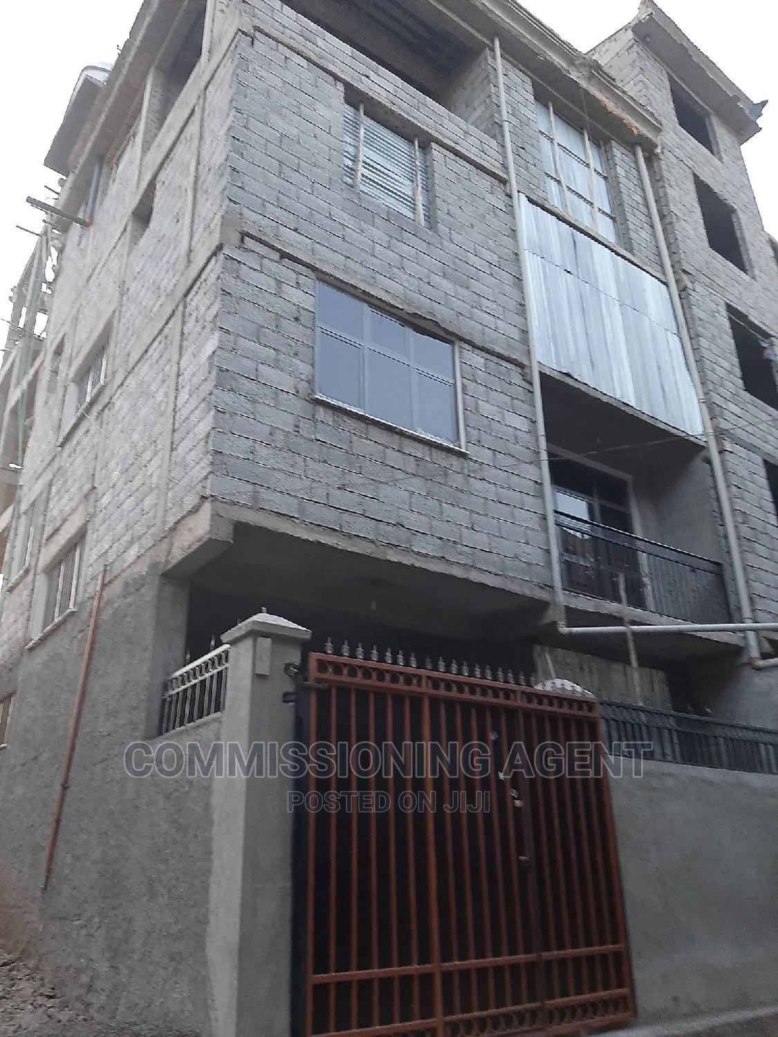5bdrm House in ሀይሌ ጋርመንት, Nifas Silk-Lafto for Sale   Houses & Apartments For Sale for sale in Nifas Silk-Lafto, Addis Ababa, Ethiopia