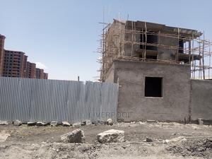 መሀል ሳፋሪ ከዋናው አስፓል 10 ሜትር   Land & Plots For Sale for sale in Addis Ababa, Bole