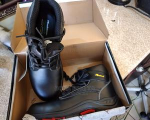 Safty Shoe Per ASTM.   Safetywear & Equipment for sale in Addis Ababa, Bole