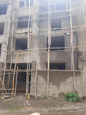5bdrm House in ናሆም, Nifas Silk-Lafto for Sale | Houses & Apartments For Sale for sale in Addis Ababa, Nifas Silk-Lafto