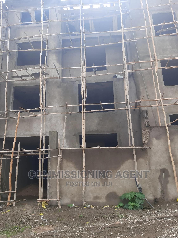 5bdrm House in ናሆም, Nifas Silk-Lafto for Sale | Houses & Apartments For Sale for sale in Nifas Silk-Lafto, Addis Ababa, Ethiopia
