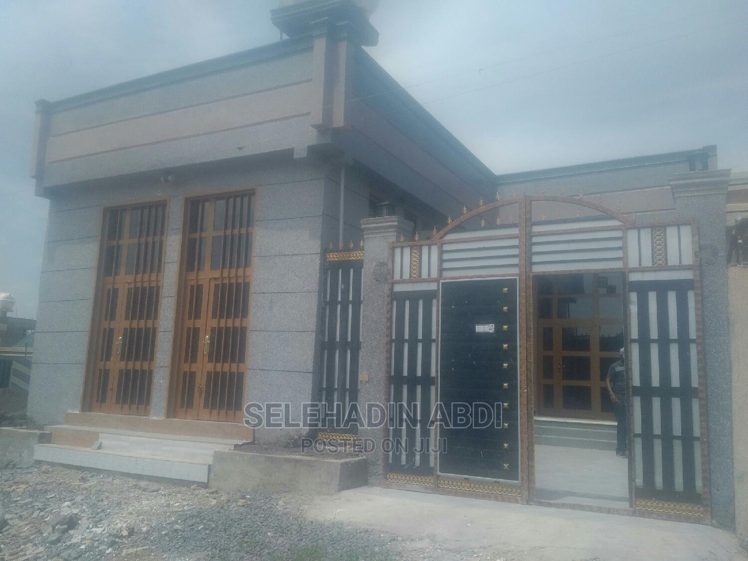 Furnished 3bdrm House in Dukem Home, East Shewa for Sale
