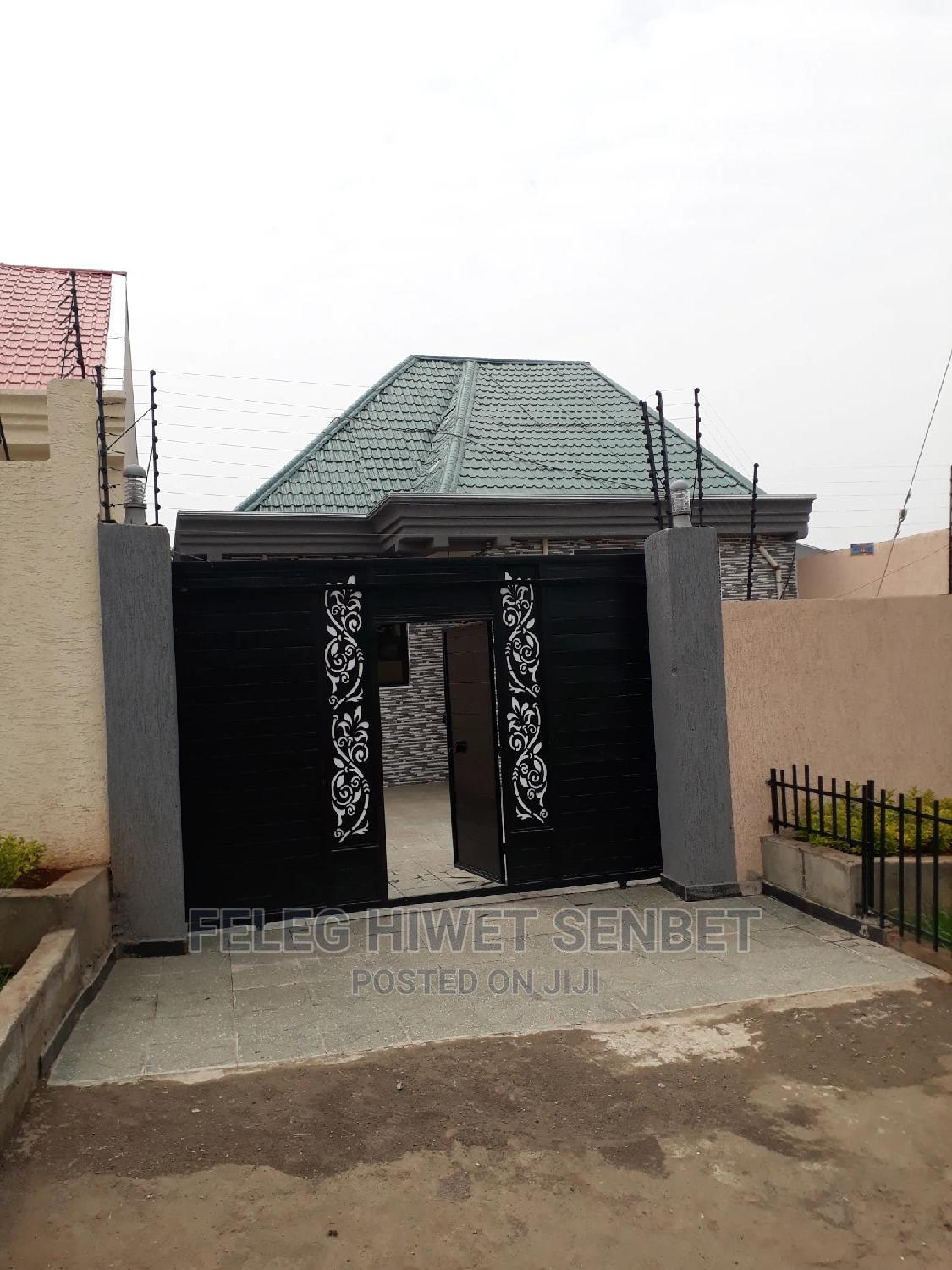 Furnished 5bdrm Villa in Aa, Bole for Sale