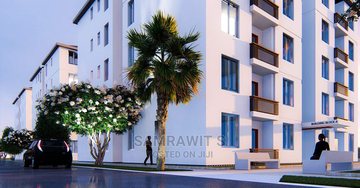 3bdrm Apartment in Yeka for Sale