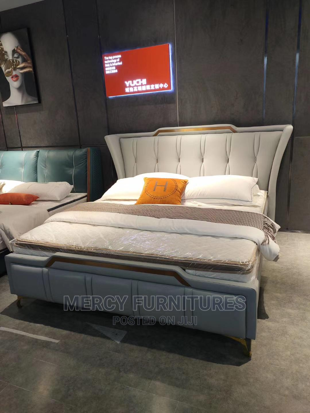 Archive: King Size Luxury Bed