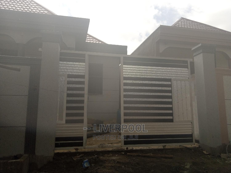 Furnished 3bdrm Villa in X, Bole for Sale