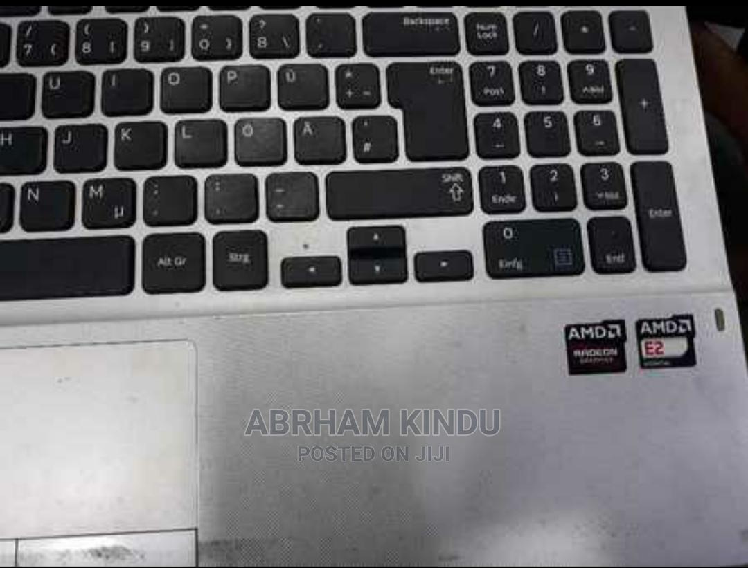 Archive: Laptop Samsung 8GB Intel Core i5 1T