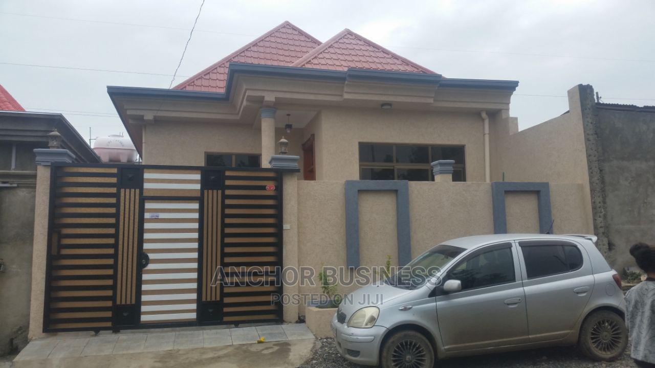 5bdrm Villa in Anchor Bussiness, Bole for Sale