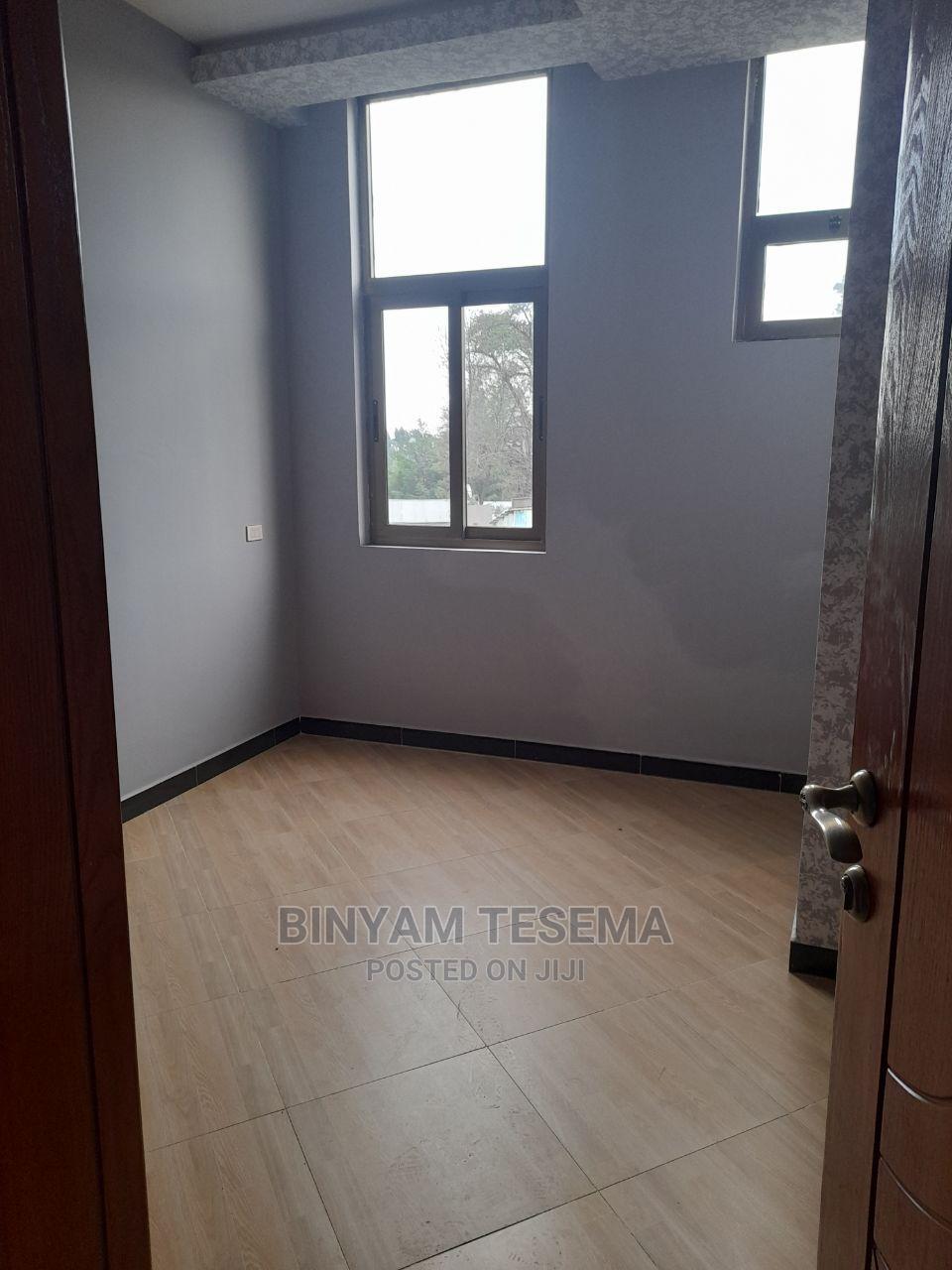 3bdrm House in አፓርታማ, Bole for Sale