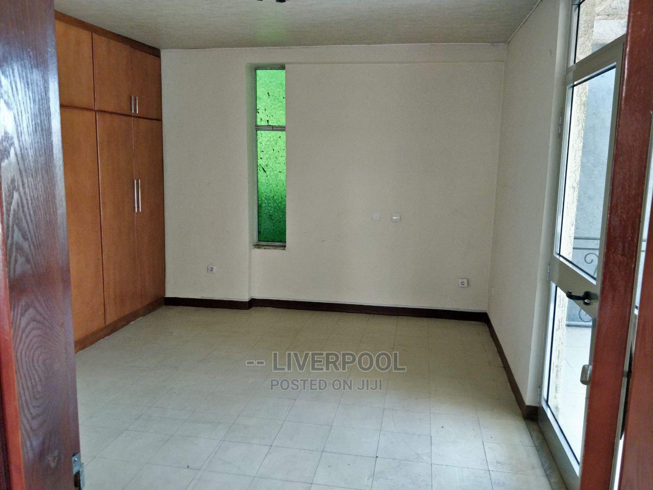 Furnished 6bdrm House in X, Bole for Rent