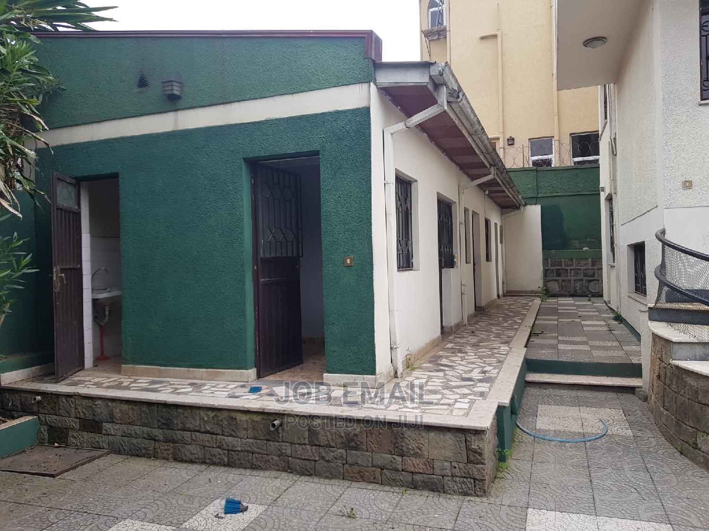 5bdrm House in Nedaj Mahber, Bole for Rent