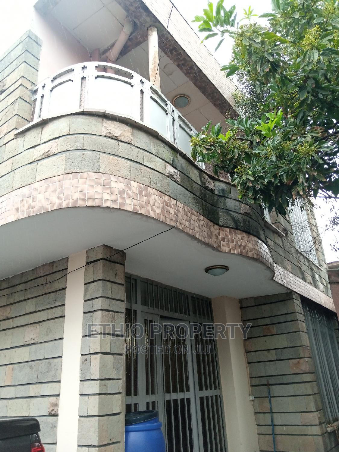 4bdrm House in G+1 House for Sell, Bole for Sale