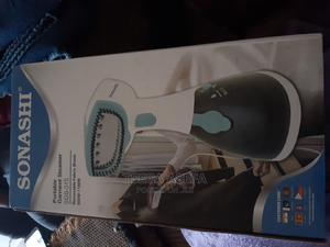 Garment Steamer   Accessories & Supplies for Electronics for sale in Addis Ababa, Kirkos