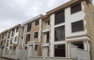 5bdrm Townhouse in Bole for sale | Houses & Apartments For Sale for sale in Addis Ababa, Bole
