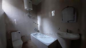 4bdrm Townhouse in Anchor Bussiness, Bole for Rent | Houses & Apartments For Rent for sale in Addis Ababa, Bole
