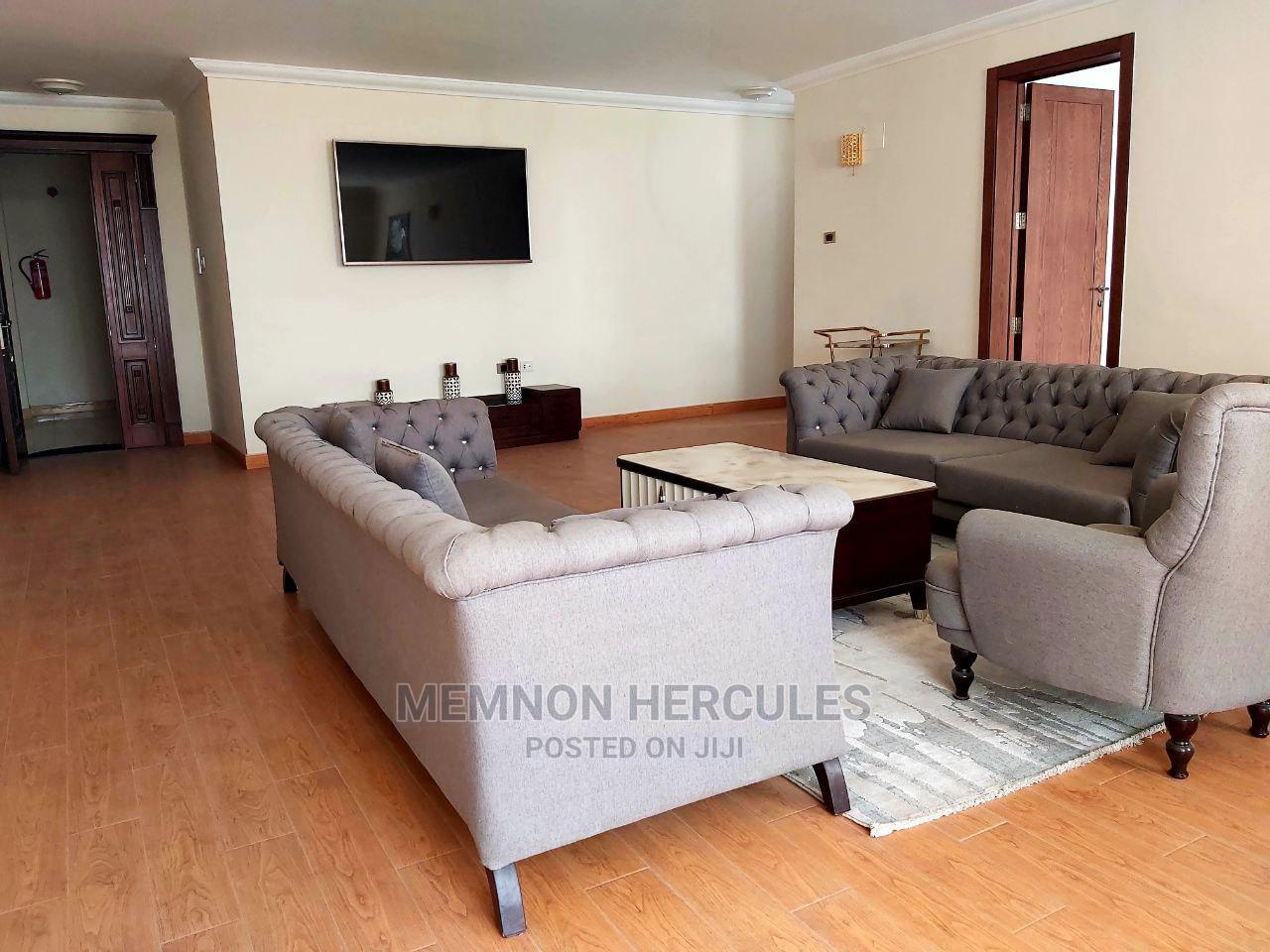 Archive: 3bdrm Apartment in Comet, Bole for sale