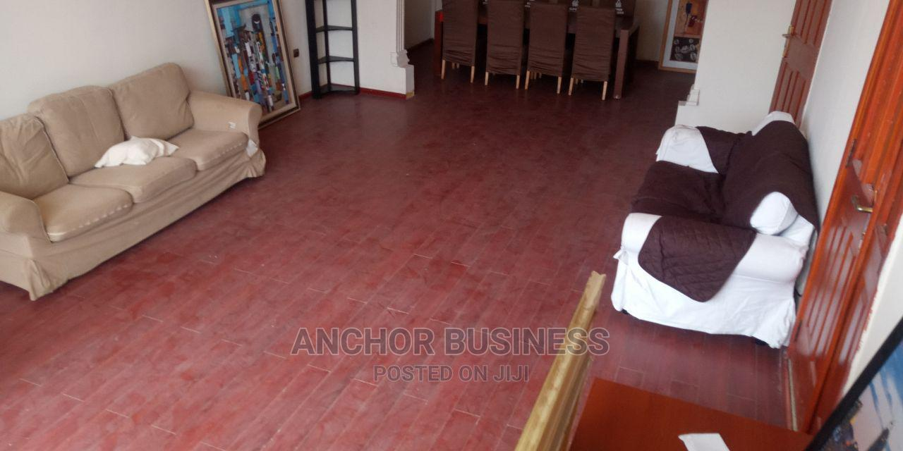 5bdrm Townhouse in Anchor Bussiness, Kolfe Keranio for Sale