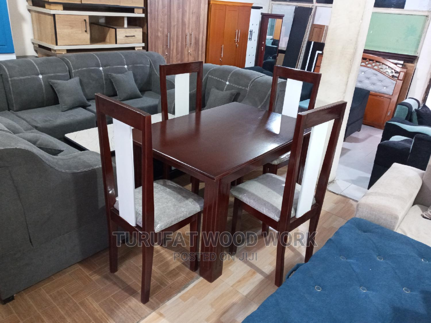 New Dining Table (4 Chairs)
