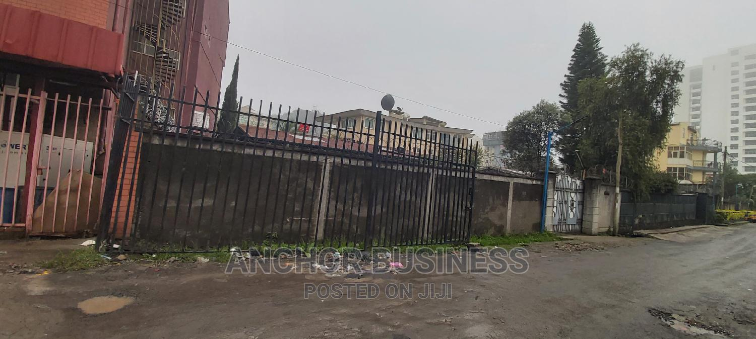 500m2 Land Bole With an Old House and Service | Land & Plots For Sale for sale in Bole, Addis Ababa, Ethiopia