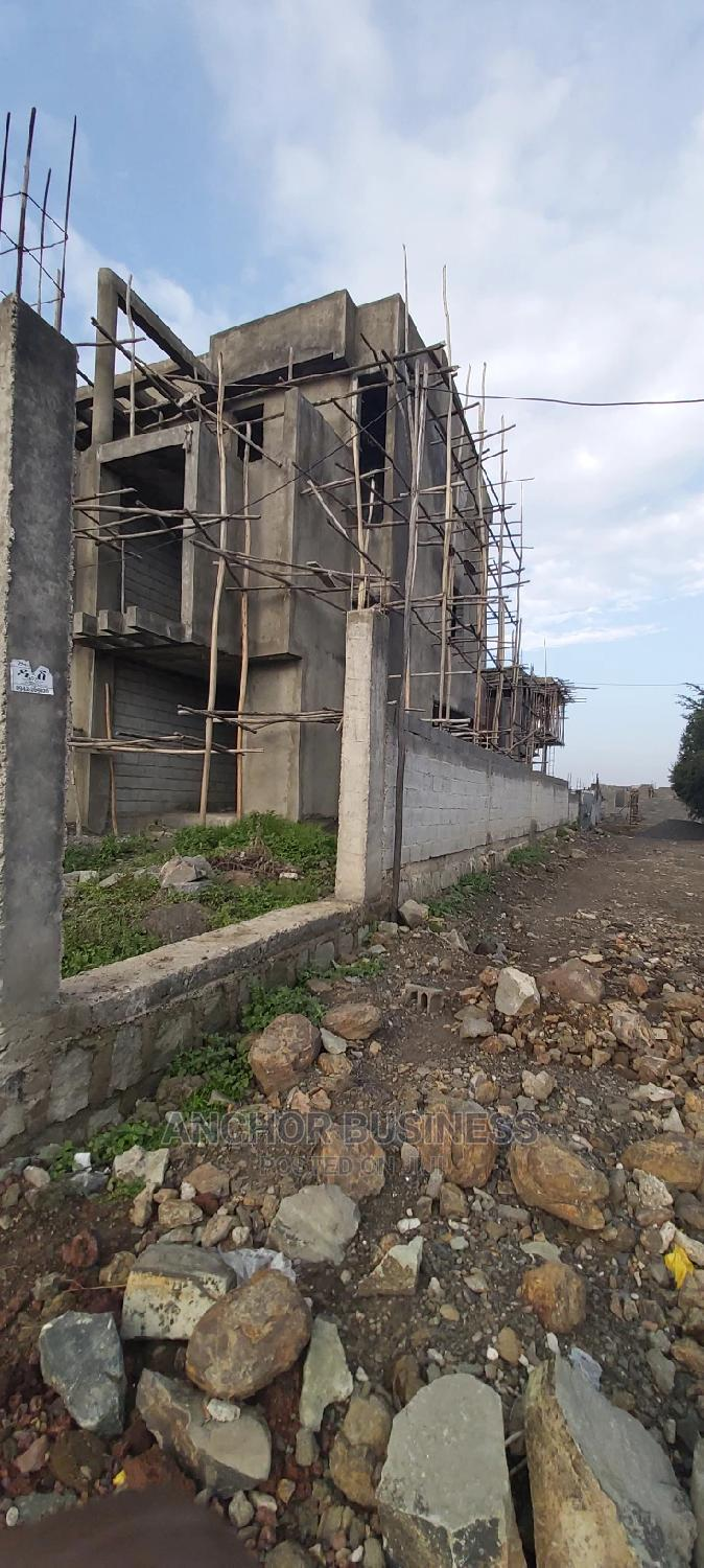 9bdrm Townhouse in Anchor Bussiness, Bole for Sale
