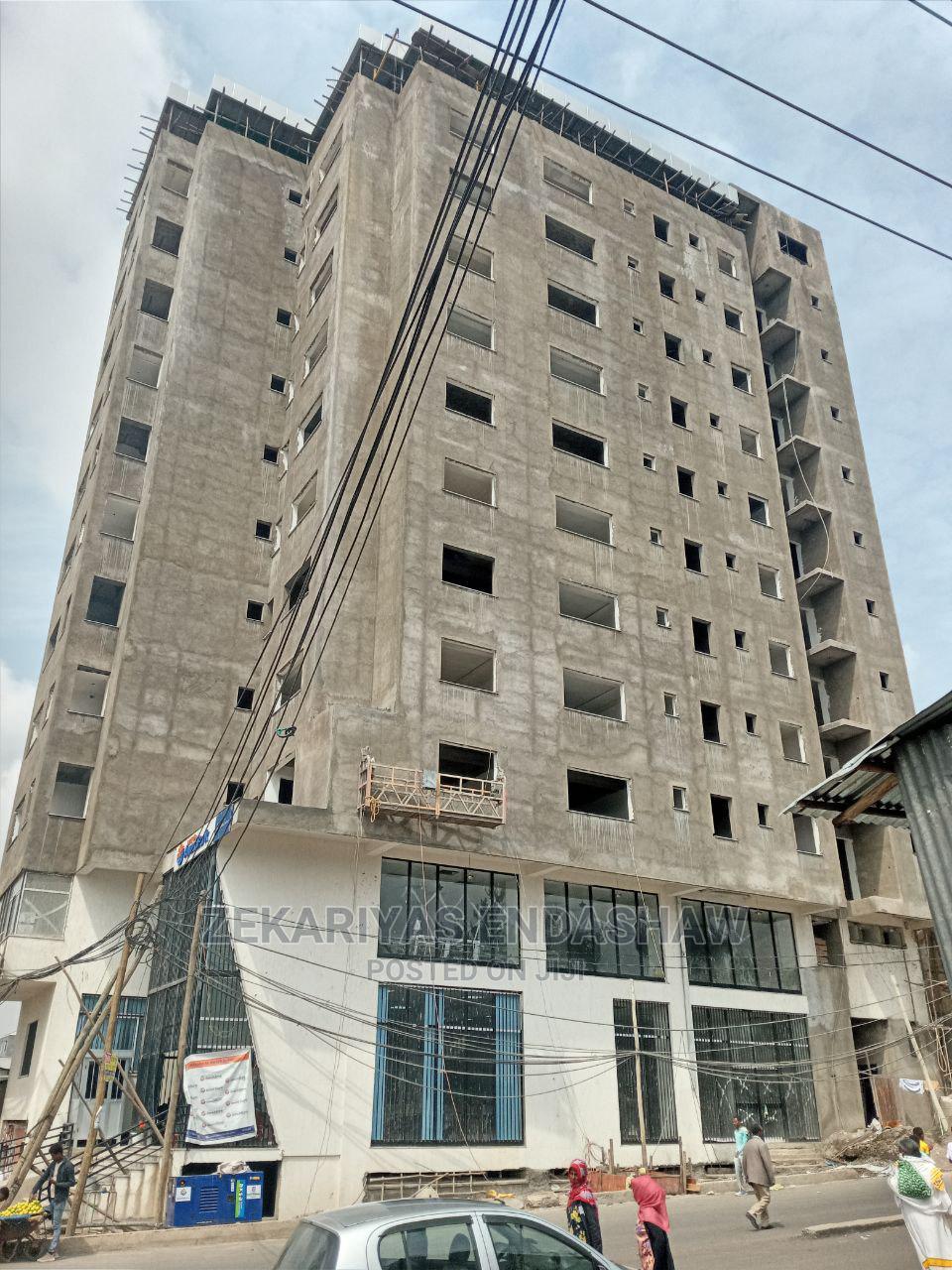 ለኪራይና ለሽያጭ የቀረበ ሱቅ (የንግድ ቦታ) በቦሌ 24   Commercial Property For Rent for sale in Bole, Addis Ababa, Ethiopia