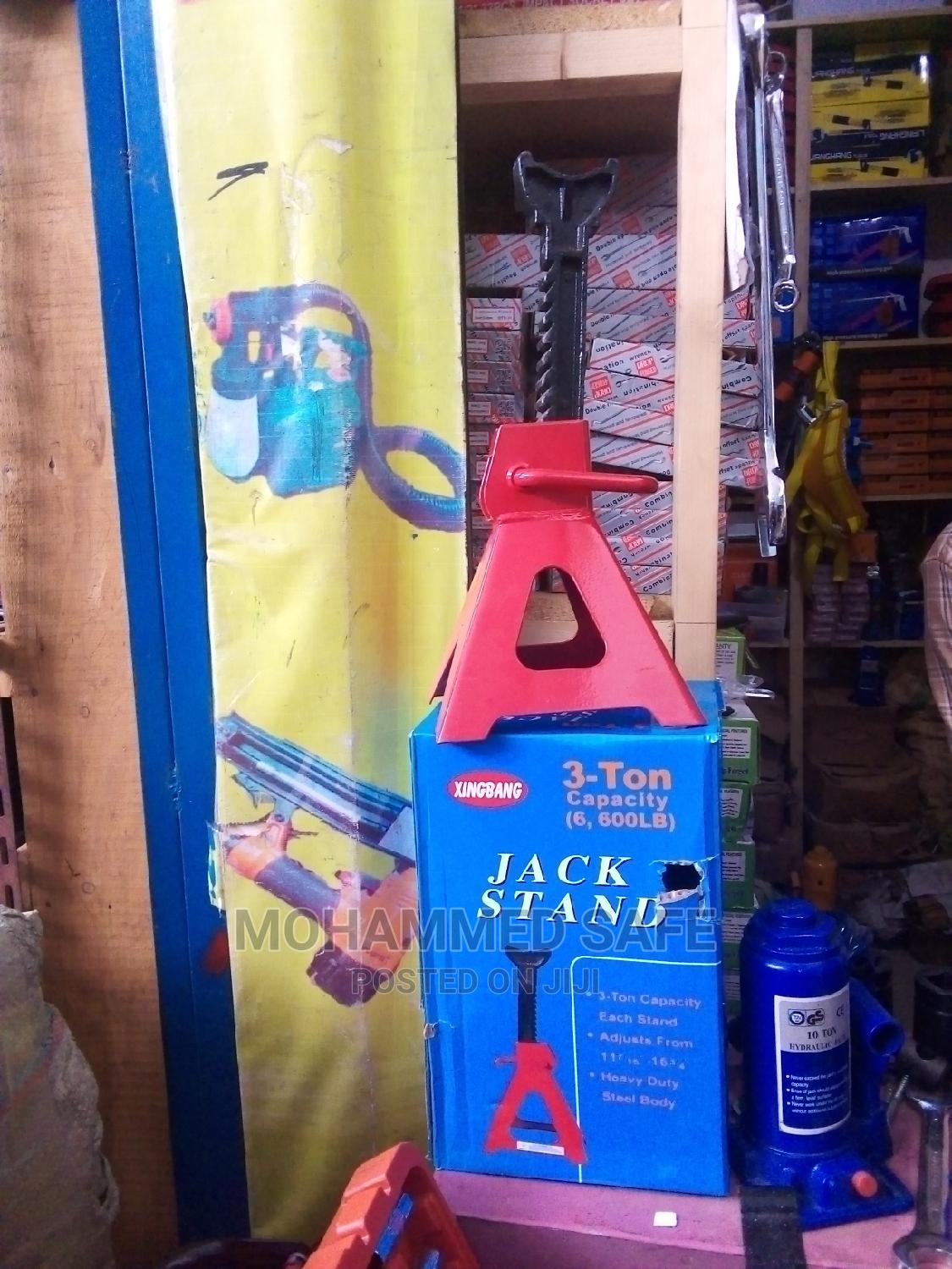 3 Tone Jack Stands | Vehicle Parts & Accessories for sale in Arada, Addis Ababa, Ethiopia