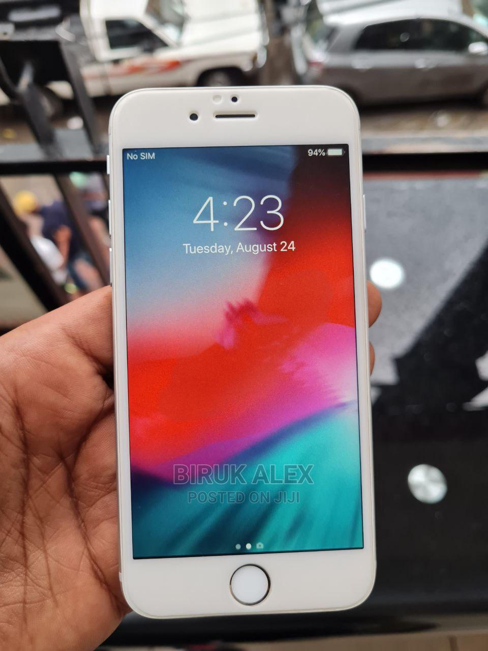 Archive: Apple iPhone 6 128 GB Silver