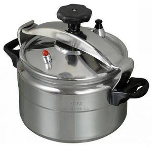 Pressure Cooker 9 Liters- 9 ሊተር ፕረዠር ኩከር | Kitchen & Dining for sale in Addis Ababa, Nifas Silk-Lafto