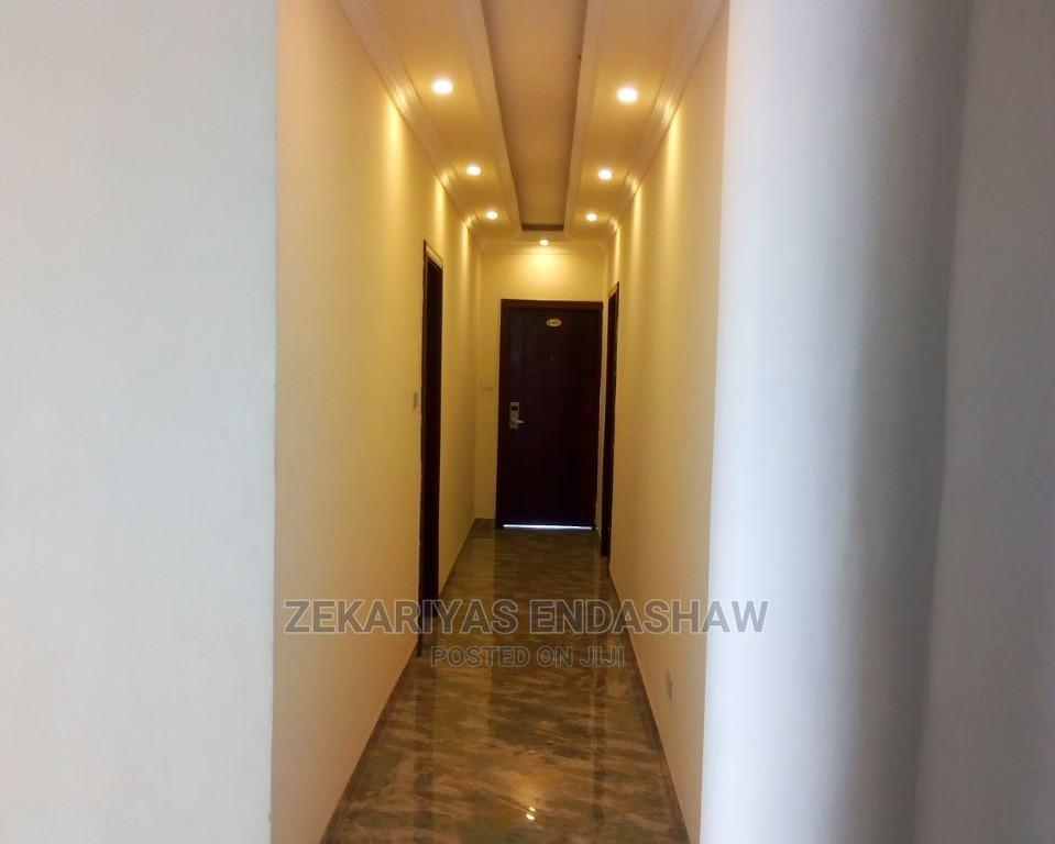Furnished 1bdrm Room Parlour in Kirkos for Rent