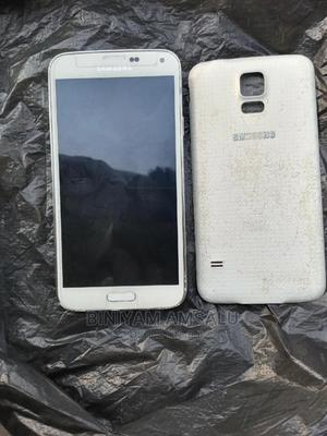 Samsung Galaxy S5 32 GB White   Mobile Phones for sale in Addis Ababa, Addis Ketema