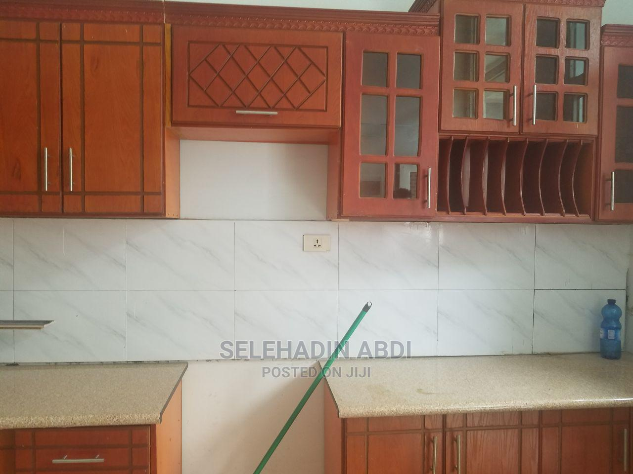 Furnished 6bdrm House in ዱከም ከተማ, East Shewa for Sale | Houses & Apartments For Sale for sale in East Shewa, Oromia Region, Ethiopia