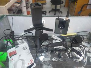 UHF Wireless Microphone System Headset Mic/Stand Mic .   Audio & Music Equipment for sale in Addis Ababa, Bole