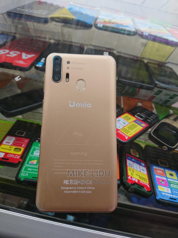 New Umi C1 16 GB Gold