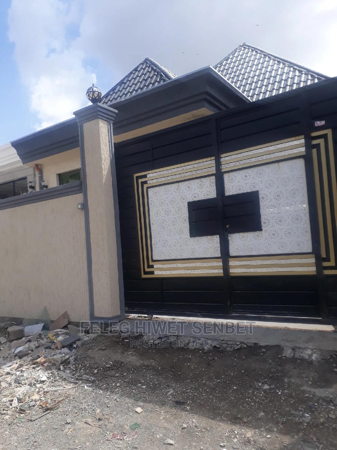 Furnished 5bdrm Villa in አአ, Bole for Rent